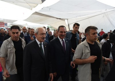 CHP-Lideri-Kemal-Kilicdaroglu-Pazar-Esnafiyla-iftar-yapti (17)