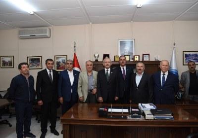 CHP-Lideri-Kemal-Kilicdaroglu-Pazar-Esnafiyla-iftar-yapti (22)