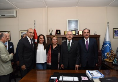 CHP-Lideri-Kemal-Kilicdaroglu-Pazar-Esnafiyla-iftar-yapti (23)