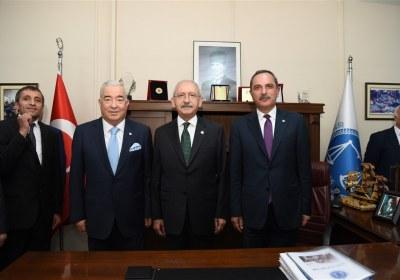 CHP-Lideri-Kemal-Kilicdaroglu-Pazar-Esnafiyla-iftar-yapti (24)