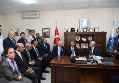 CHP-Lideri-Kemal-Kilicdaroglu-Pazar-Esnafiyla-iftar-yapti (29)