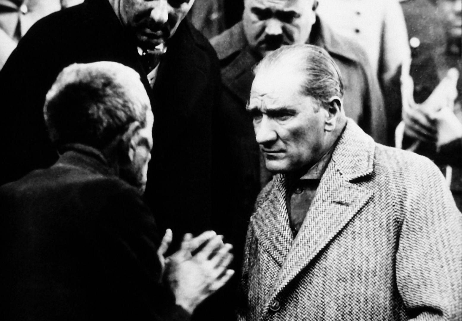 Atatürk'ün Esnaf ve Sanatkarlarla Yaptığı Konuşma