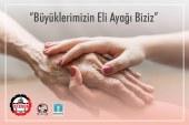 İSTANBUL'UN GÜZELLİK UZMANLARI DARÜLACEZE'DE KALAN YAŞLILARIN EL VE AYAK BAKIMLARINI ÜSTLENDİ